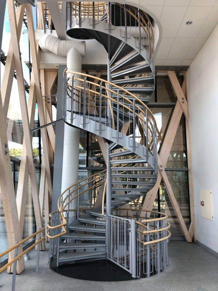 A visual metaphor! Spiral approach to curriculum, spiral stairs… always going to get you somewhere! Especially if you step carefully and watch what you are doing along the way. Use the handrails (scaffolding)! You can always see where you came from, and where you are going. (Umea, Sweden train station)